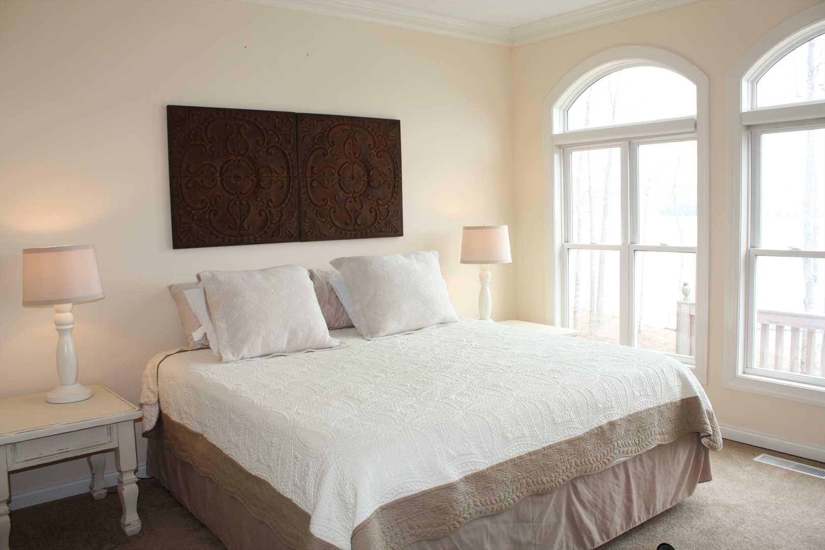 Master bedroom - king size bed