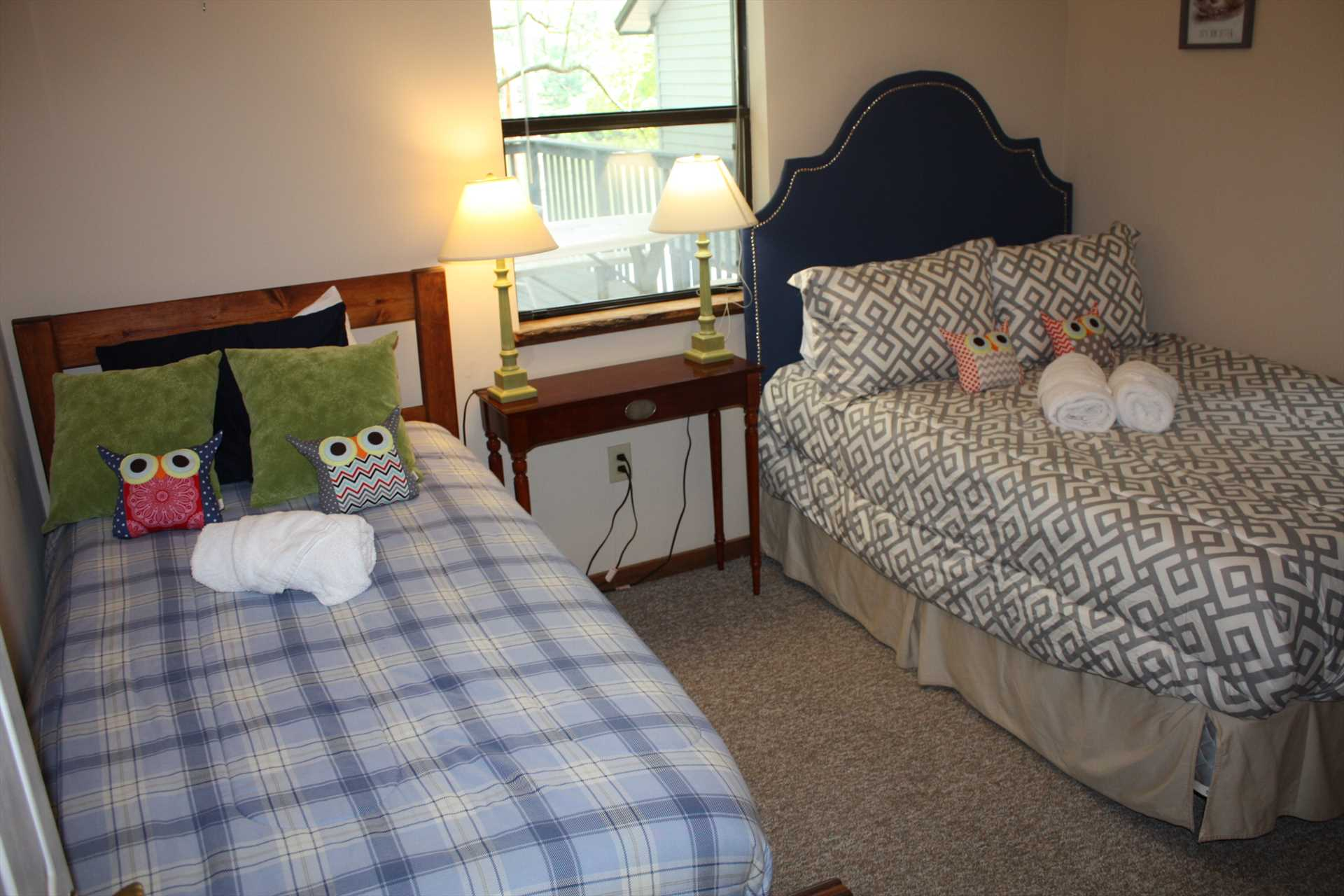Full size bed and twin size bed