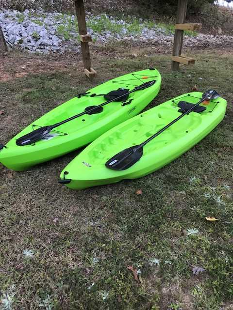 8' kayak and 10' kayak